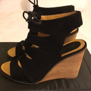 Melrose and Market Calista Fab Black Wedge Sandal